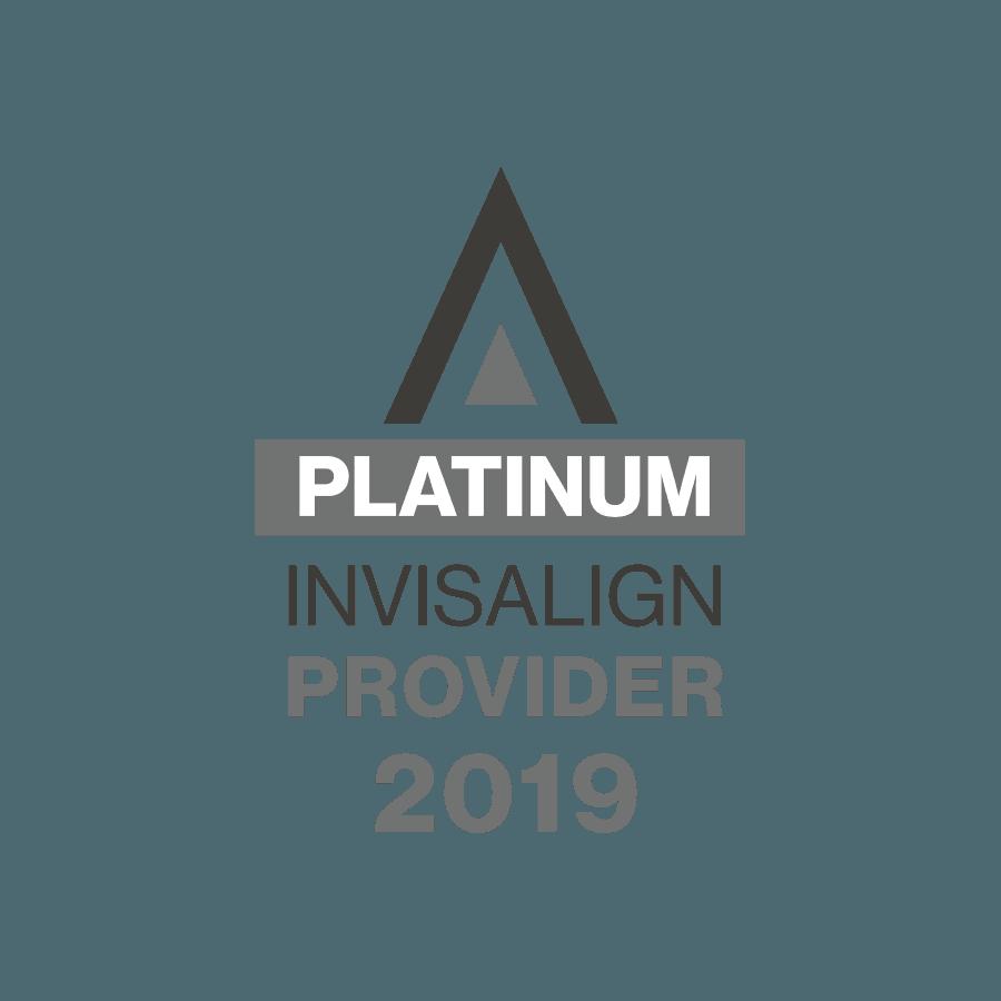 Platinum Invisalign Provider 2019 badge